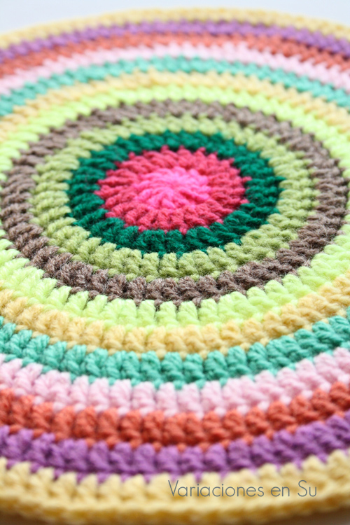 colorful-crochet-mandala-3-2