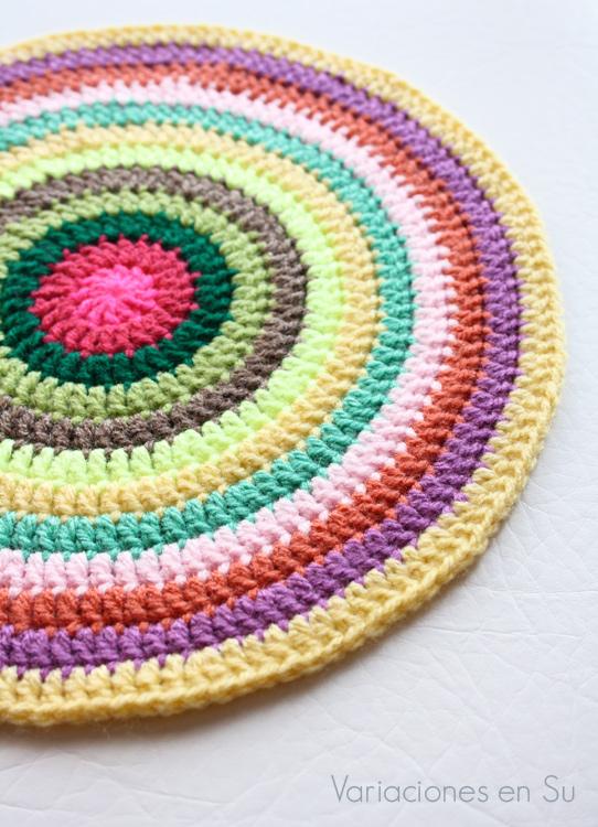 colorful-crochet-mandala-3-3